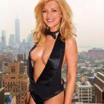 Iris Mareike Steen als heisses Playboy Girl in New York