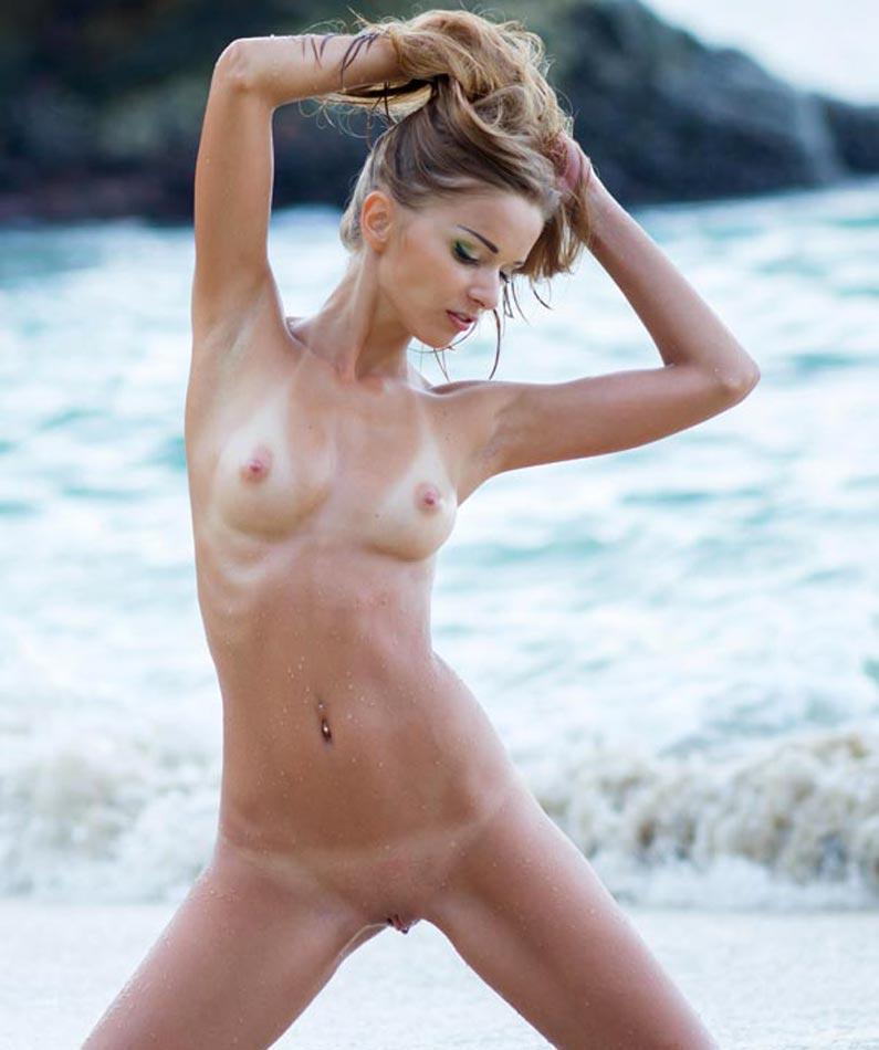 Sex Kleine Brüste
