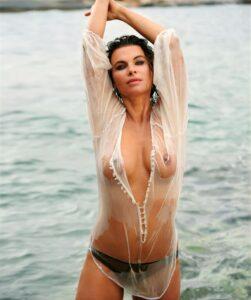 Anne Brendler zeigt sich nackt im Playboy